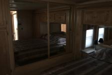 2004_kokomo-in-bedroom