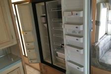 2004_kokomo-in-fridge