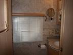 2006_mountainhome-id_bathroom