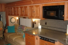 2009_lakepanasoffkee-fl_kitchen